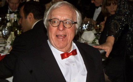 Ray Bradbury wrote 11 novels